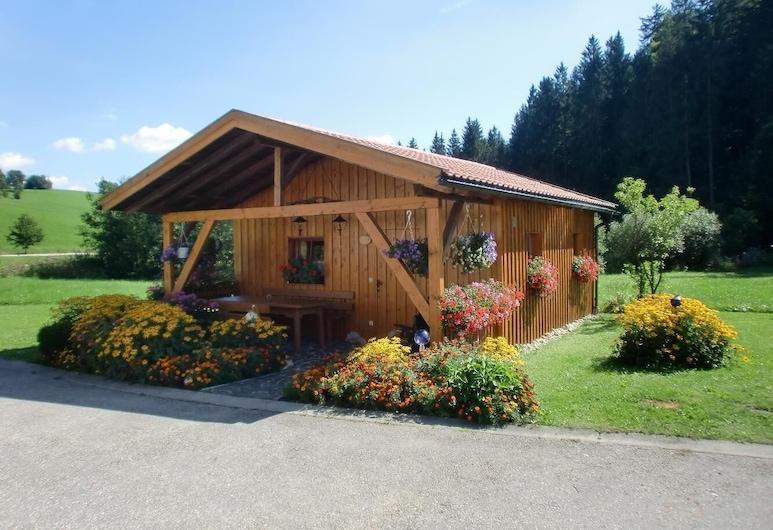 """Ferienhaus """"waldeck"""" im Bayerischen Wald - Alleinstehendes Holzhaus am Waldrand Gelegen, Roehrnbach"""