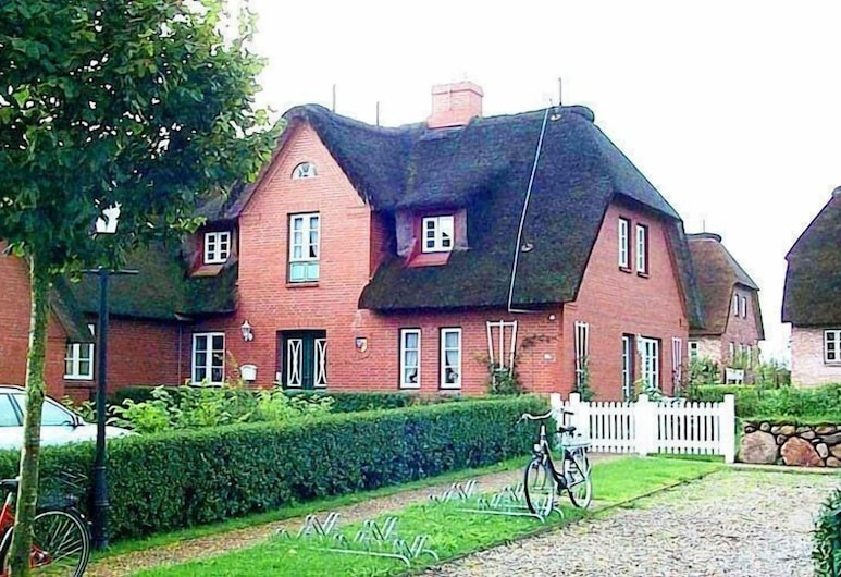 Haus Stal Huk App. Sonnenblume - 300381, Oevenum