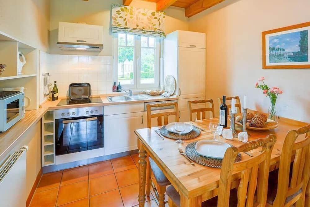 House - Private kitchen
