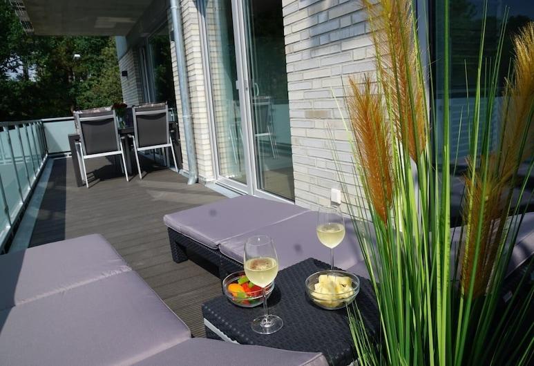 Ferienwohnung 'hohe Geest Whg. 6', Cuxhaven, Apartment, Balcony
