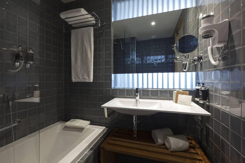 Superior Suite (Duplex) - Bathroom