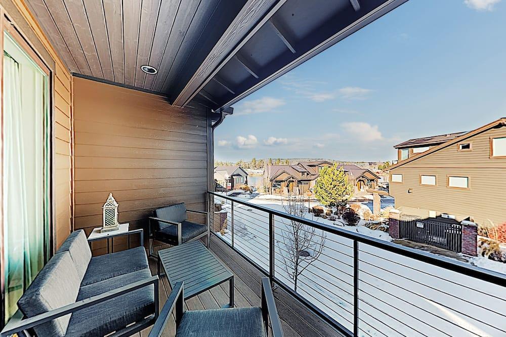 Квартира, 3 спальни - Балкон