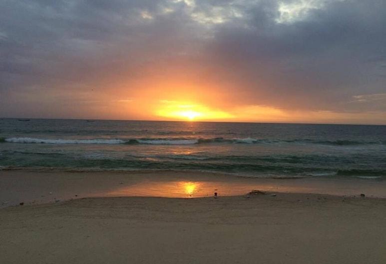 Terjit Vacances, Nouakchott, Beach