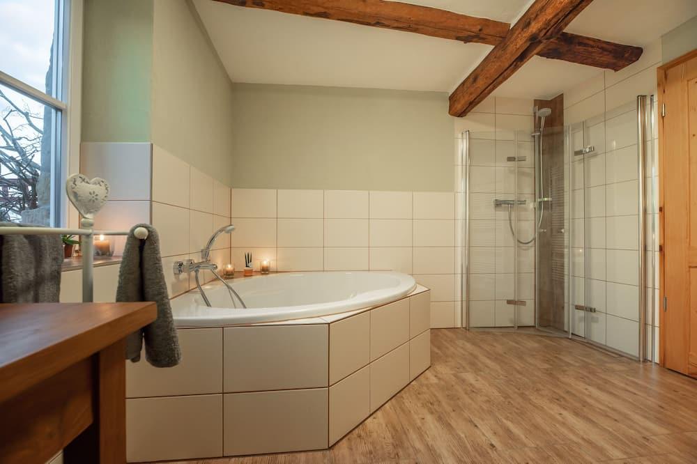Maja, omaette vannitoaga - Vannituba