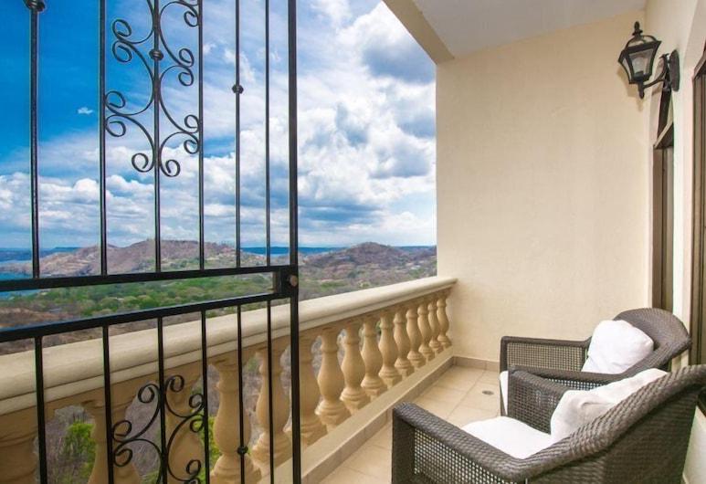 Casa Q, Playa Hermosa , Luxury Villa, 2 Bedrooms, Ocean View, Balkoni