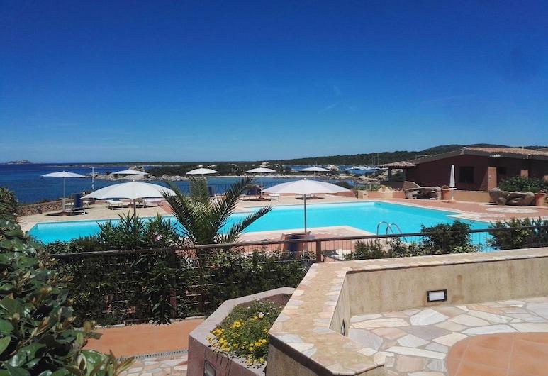 Camere Baia De Bahas, Olbia, Căn hộ có tầm nhìn toàn cảnh, 2 phòng ngủ, Có thể sử dụng hồ bơi, Quang cảnh từ phòng