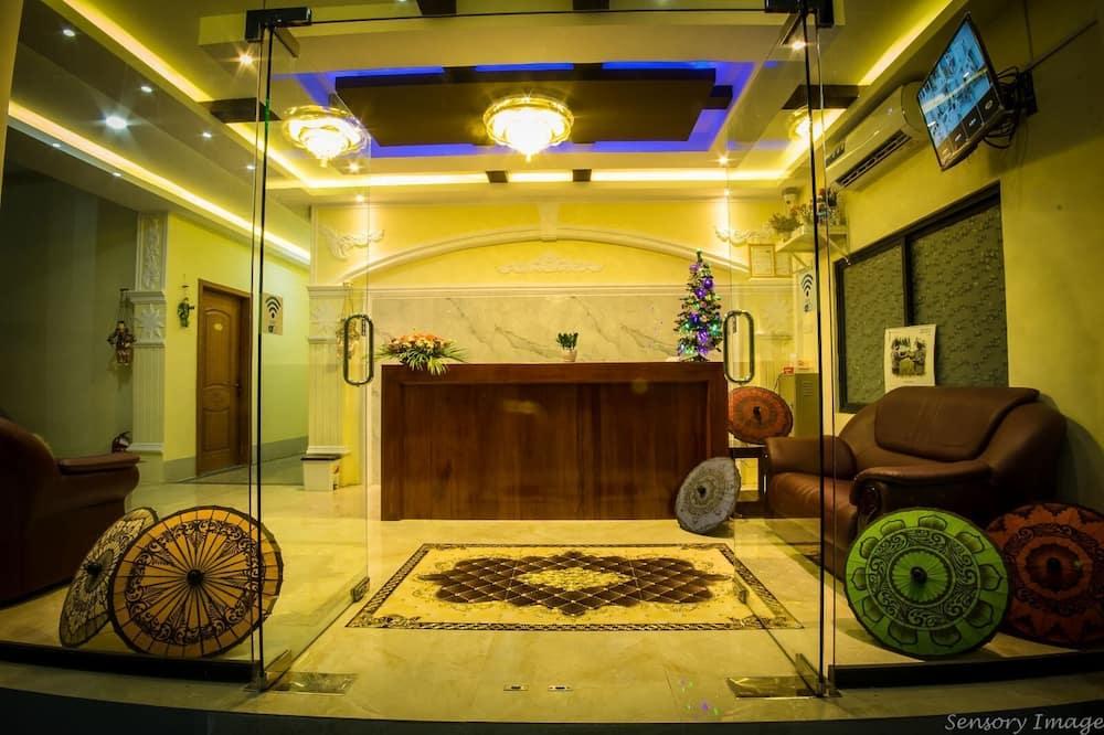 Khu lounge tiền sảnh