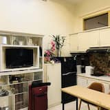 Deluxe King Room - Shared kitchen