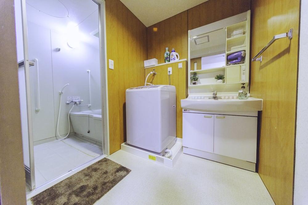 Apartmán (Nestle Tokyo Deluxe Akihabara 01) - Koupelna
