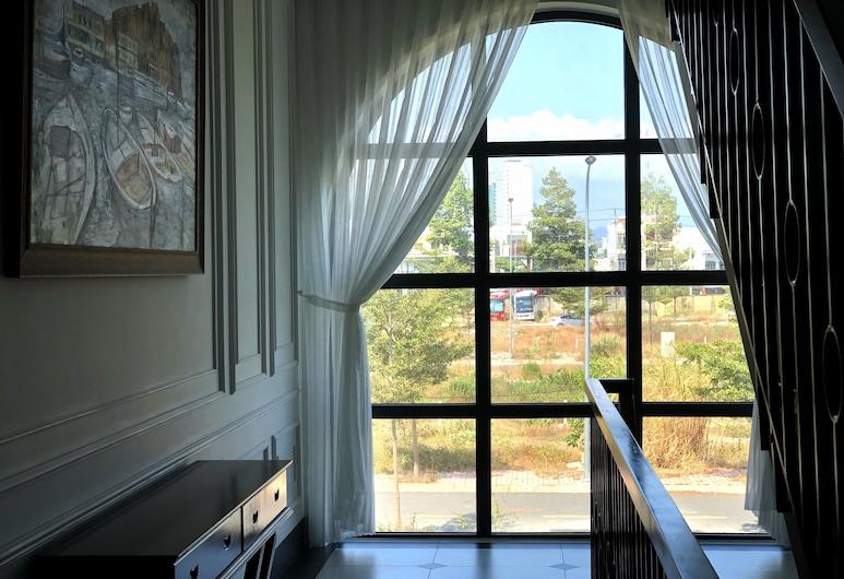 The Tulah House, 芽莊, 家庭開放式客房, 1 間臥室, 非吸煙房, 山景, 露台