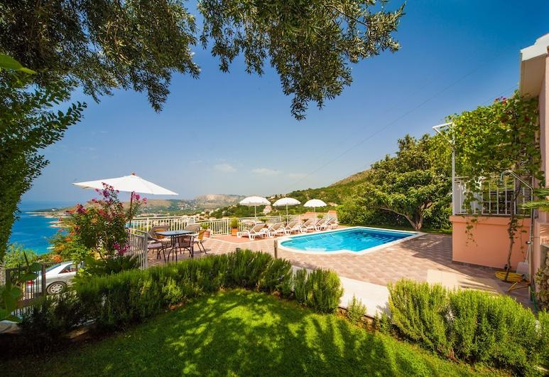 Villa Anamarija, 祖帕達布羅維卡, 室外游泳池