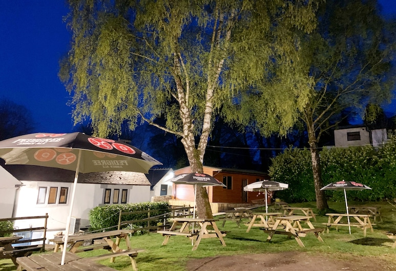 The Moon Inn at Stoney Middleton, הופ ואלי, גינה