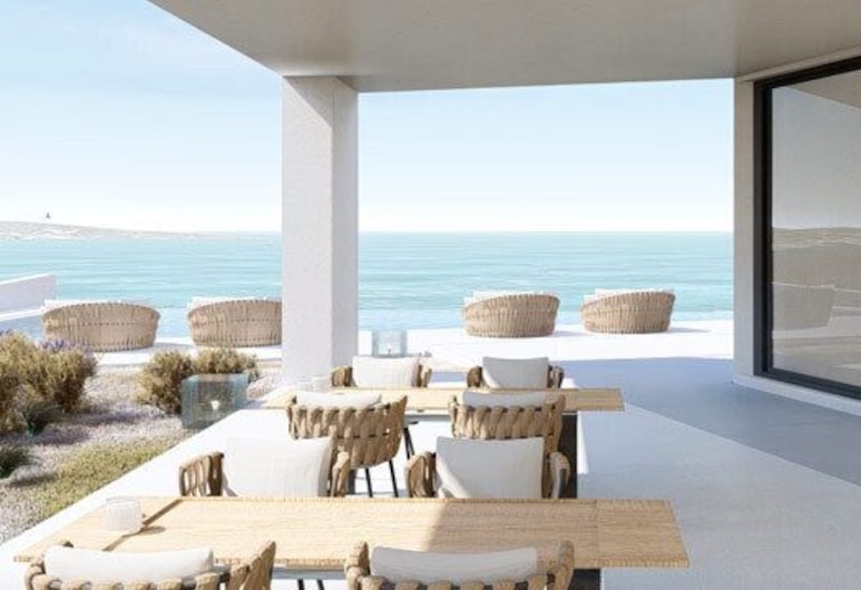 White Coast Pool Suites, Small Luxury Hotels of the World - Adults Only, Milos, Outdoor Dining
