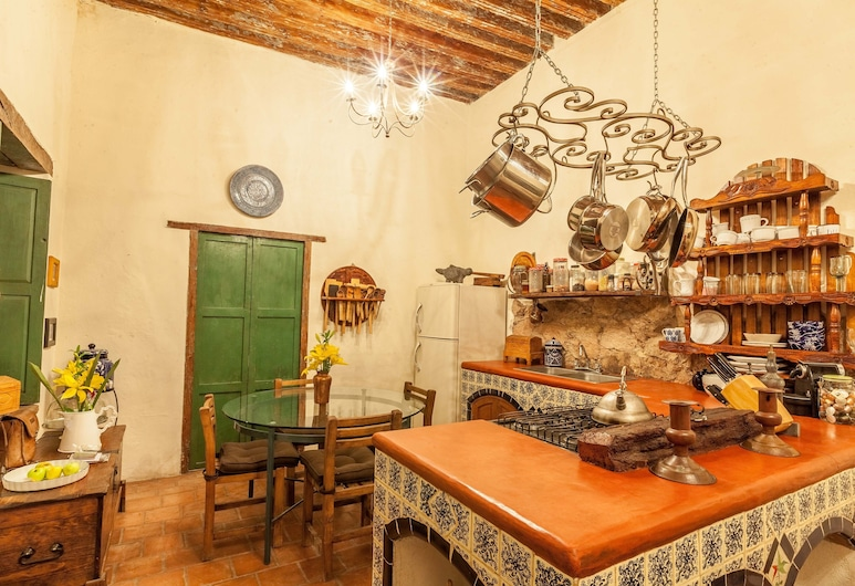 Antigua Casa de Musica, グアナファト, 室内のキッチン