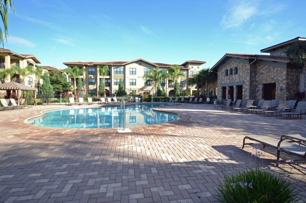 Family Condo, Garden Area - Pool
