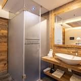 Dvivietis kambarys (Mason Miramonti) - Vonios kambarys