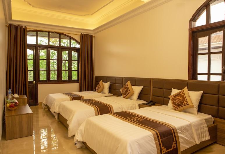 Van Xuan Royal Hotel, Hoa Lu, Deluxe kolmetuba, Tuba