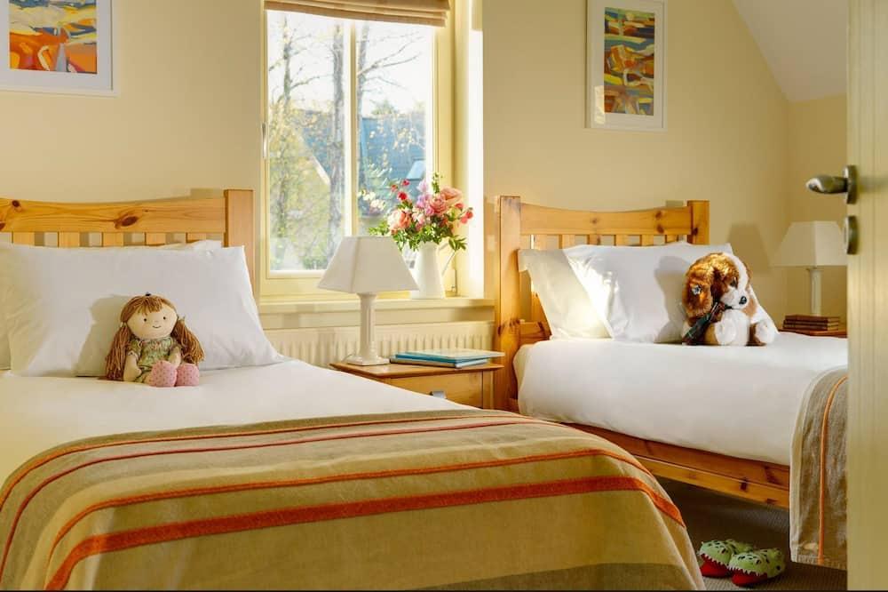 Dunkerron Woods 4 bed 4008