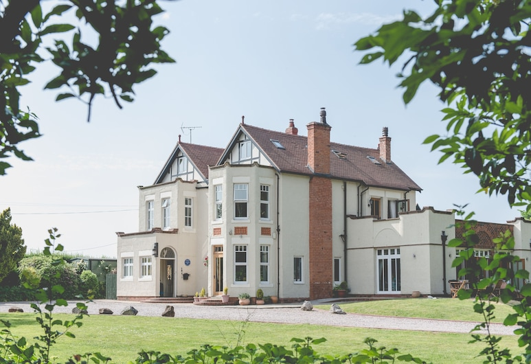 Mere Brook House, Wirral