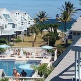 Vila Standar, pemandangan kolam renang - Pemandangan Balkon