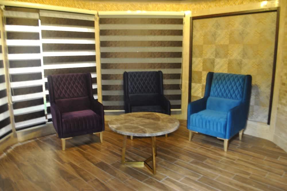 Design Cabin - Living Area