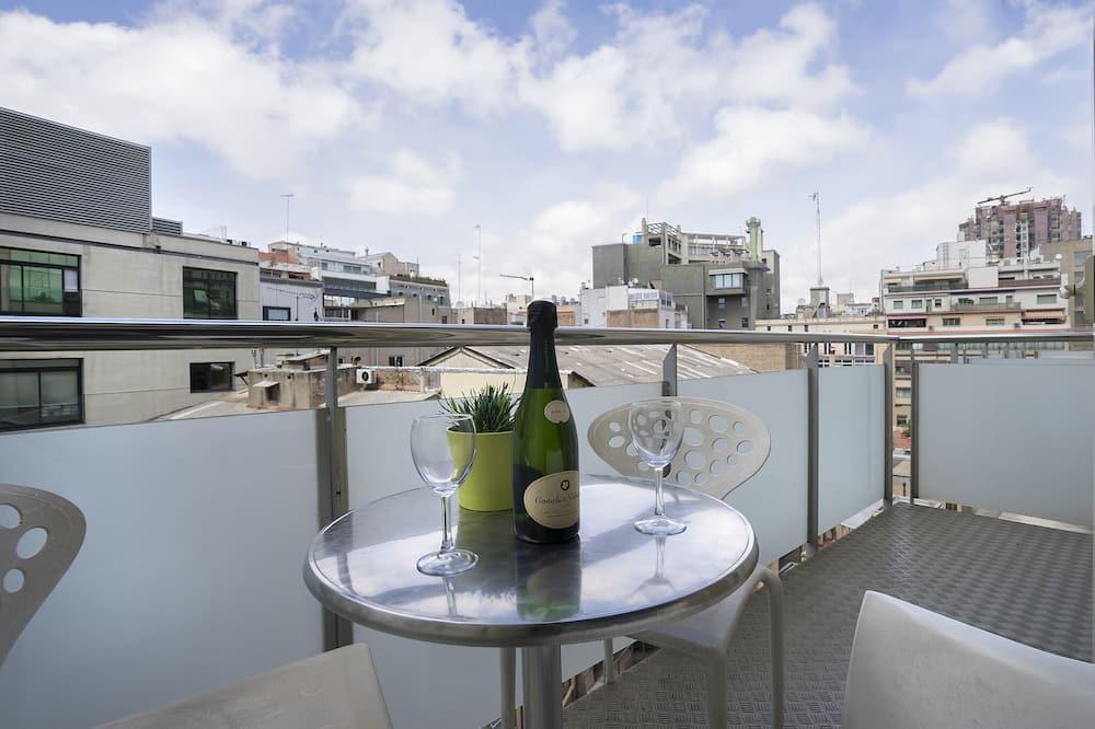 Apartment, 3 Bedrooms (2424) - Terrace/Patio