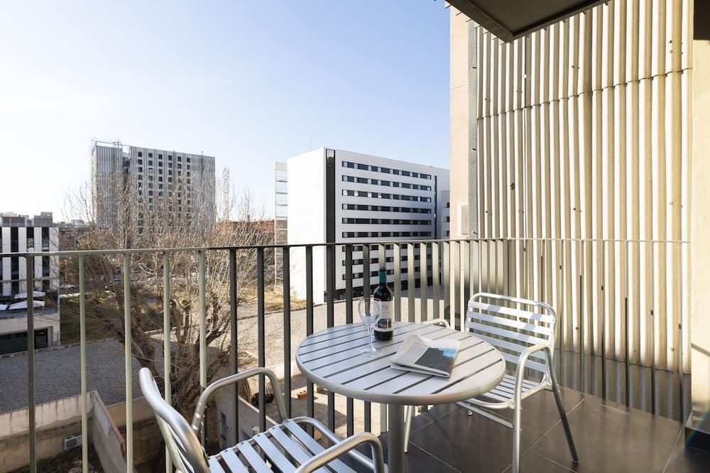 Apartment, 1 Bedroom (1802) - Balkoni