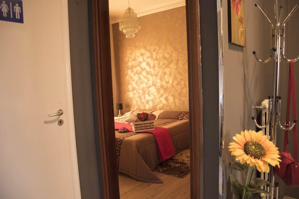 Standaard tweepersoonskamer, gemeenschappelijke badkamer - Kamer