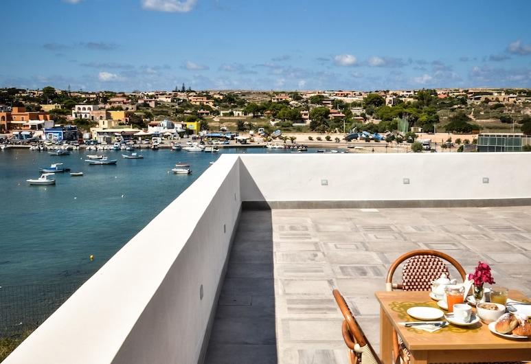 Hotel Vega, Lampedusa