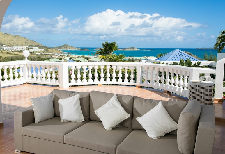 Villa With 5 Bedrooms in Saint Martin, With Wonderful sea View, Private Pool and Terrace - 500 m From the Beach, Orient Bay, Living Room