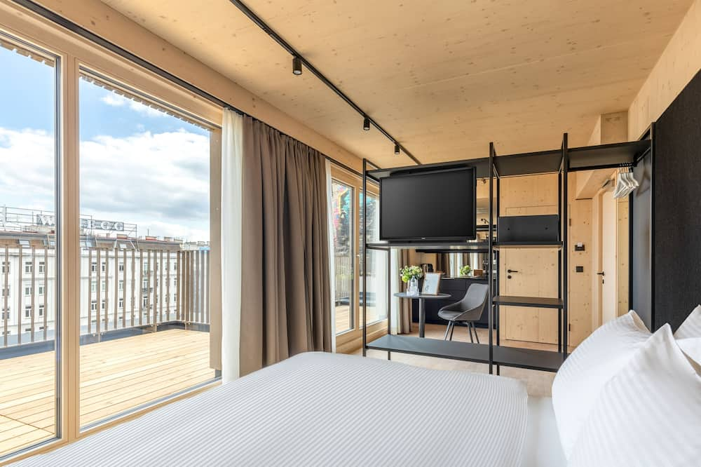 Štúdiový apartmán typu Deluxe, 1 extra veľké dvojlôžko, terasa - Hosťovská izba