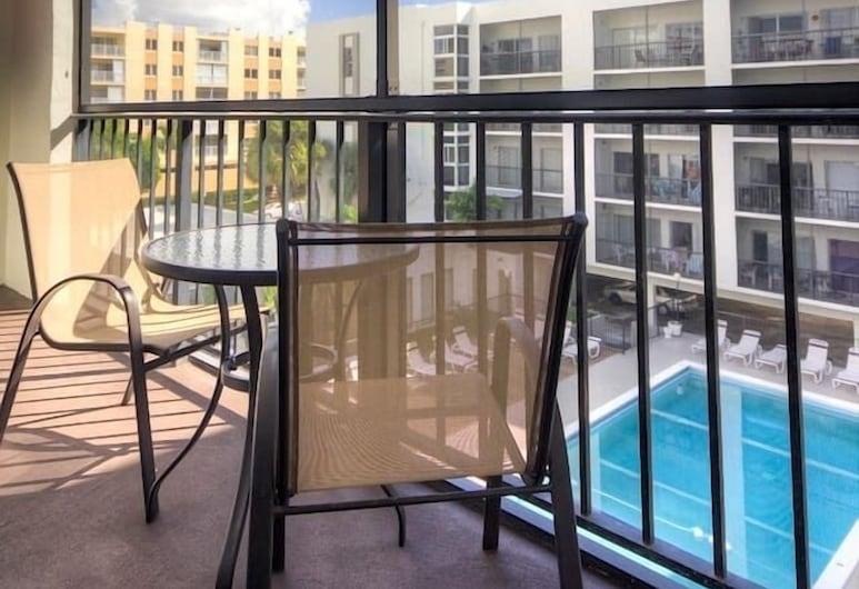 Le Cartier 416 by Go Florida Condo, Sunny Isles, Sunny Isles Beach, Balcony
