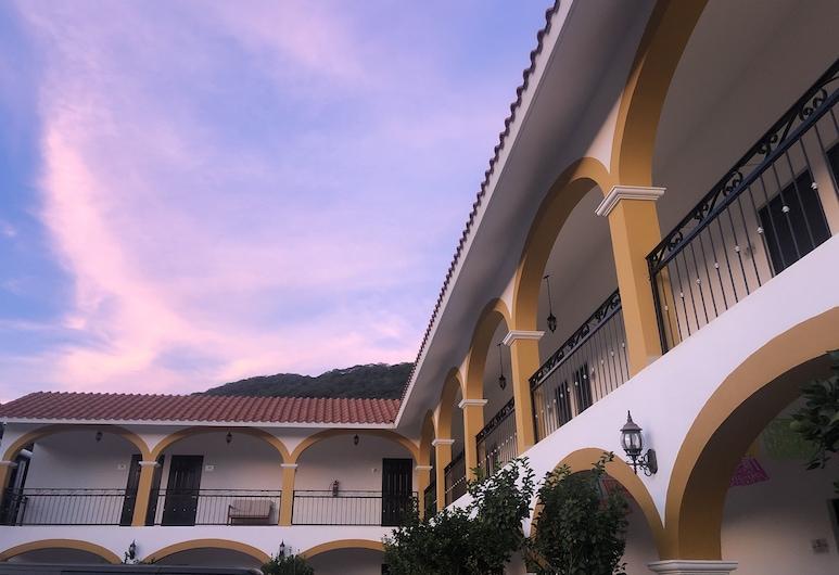 Casa Blanca Hotel, Jalpan de Serra, Hotelfassade
