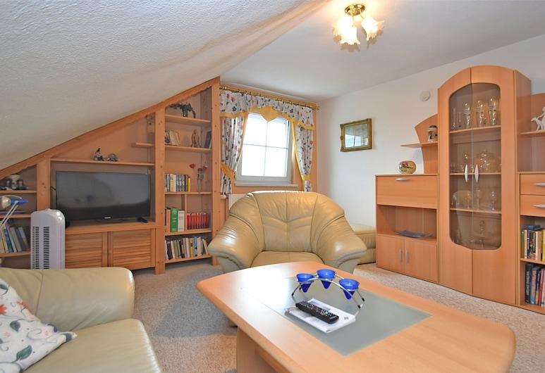 Lovely Apartment With Private Terrace, Garden,bbq,deckchairs, Roehrnbach, Apartamentai, Svetainė