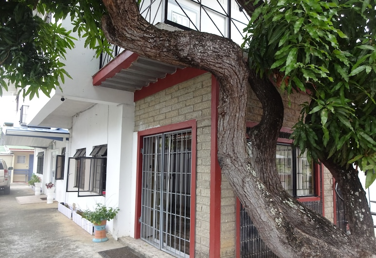 Secret Haven TnT, Port of Spain