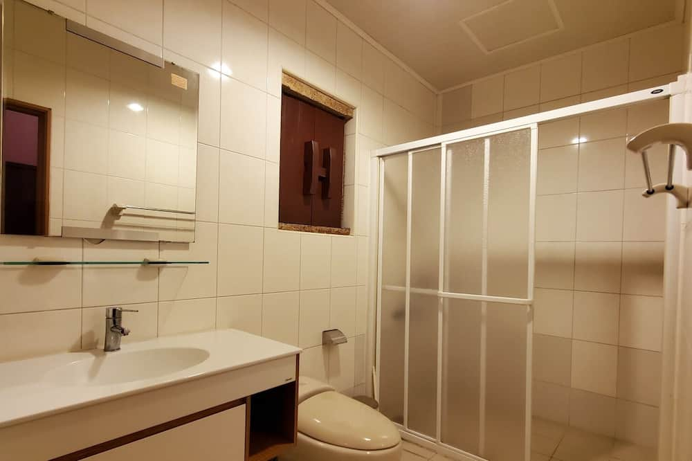 Shared Dormitory, Women only - Bathroom
