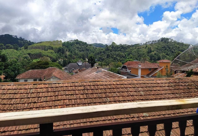Vila Niara, Campos do Jordão, Třílůžkový pokoj typu Deluxe, Výhled na hory