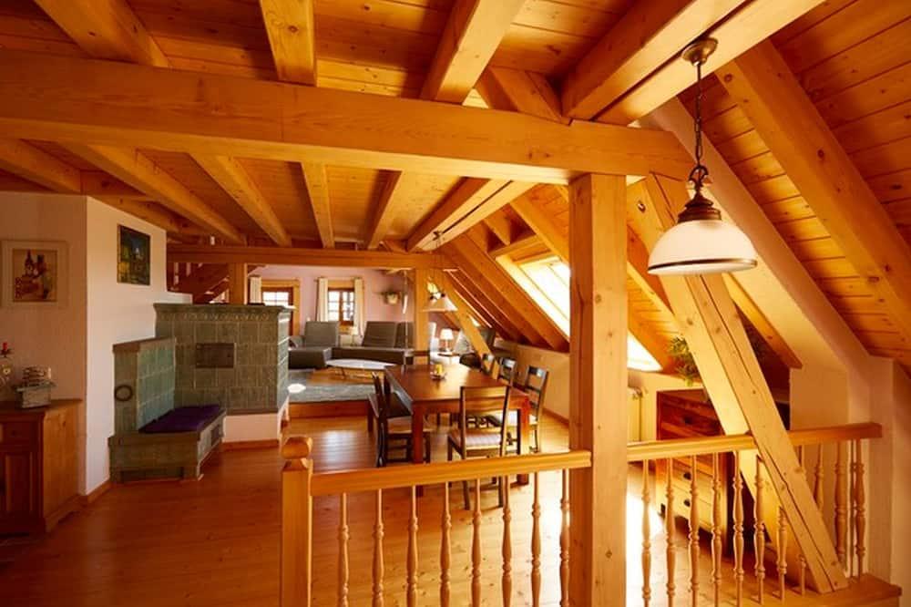 Haushaelfte mit Saunabenutzung und Wintergarten - Living Area
