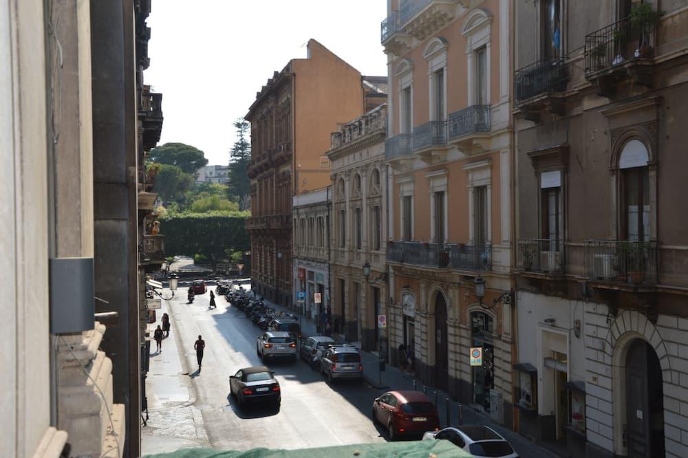 Triple Room - Street View
