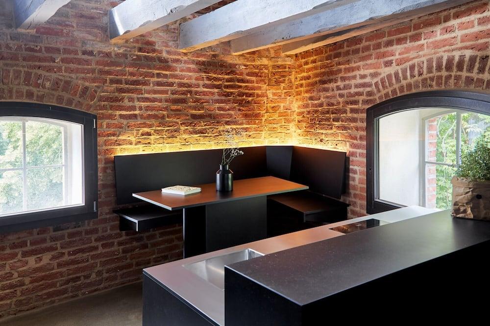 Loft superior - Servicio de comidas en la habitación