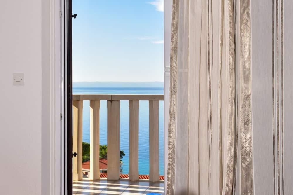 Panoramski studio suite, 1 spavaća soba, balkon, pogled na more - Pogled iz sobe