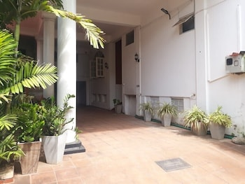 Picture of Oasis Inn in Negombo