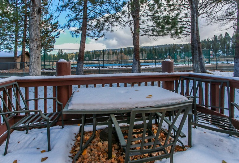 Knotty Pine Big Bear Lake Retreat-1899 by Big Bear Vacations, Big Bear Lake, House, 3 Bedrooms, Balcony