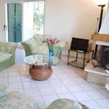 Family Villa, 5 Bedrooms - Living Room