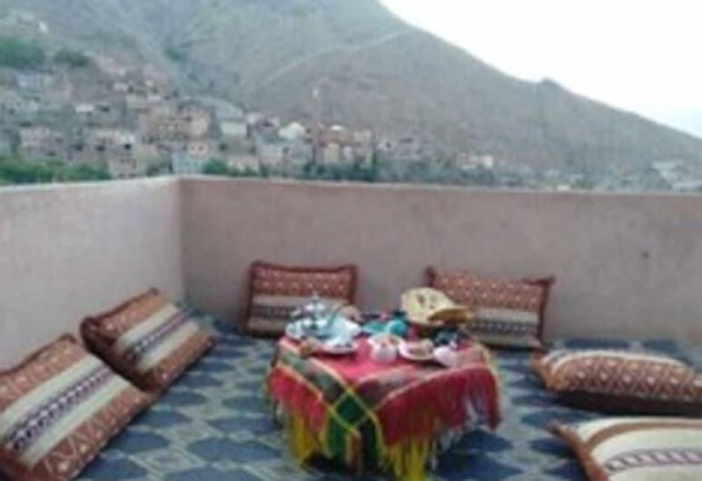 Gite Akioud Mazzik, Asni, Terrace/Patio