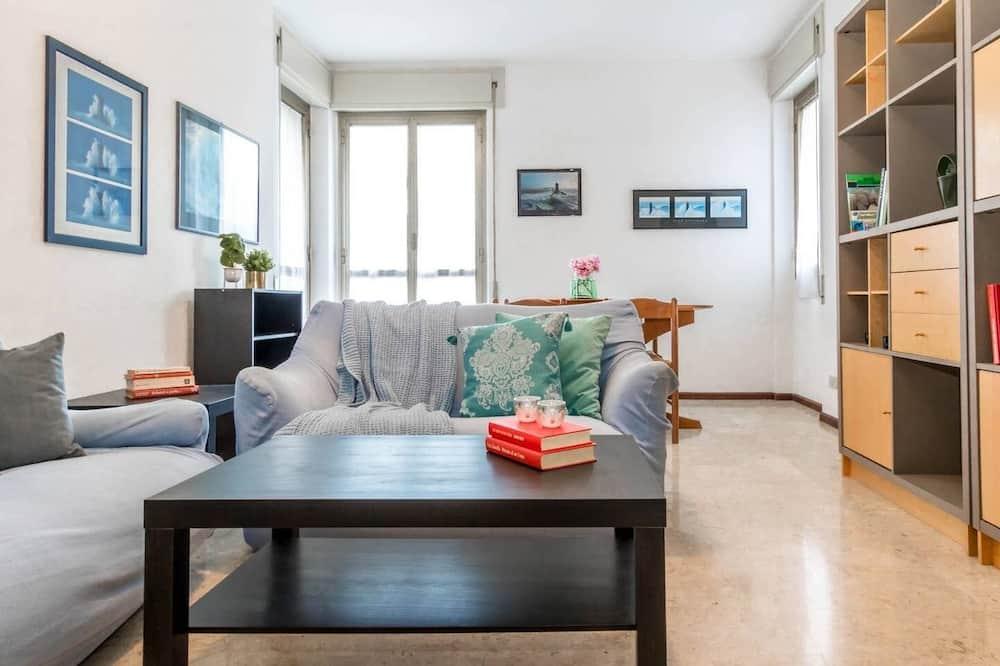 Апартаменты, 1 спальня, балкон - Гостиная