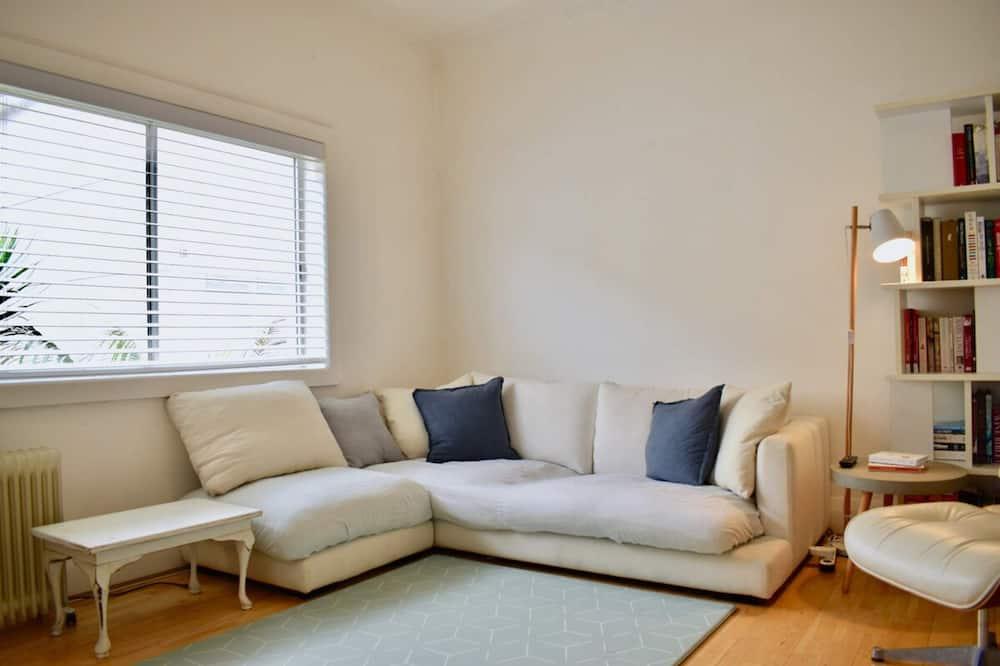 Апартаменты (2 Bedrooms) - Гостиная