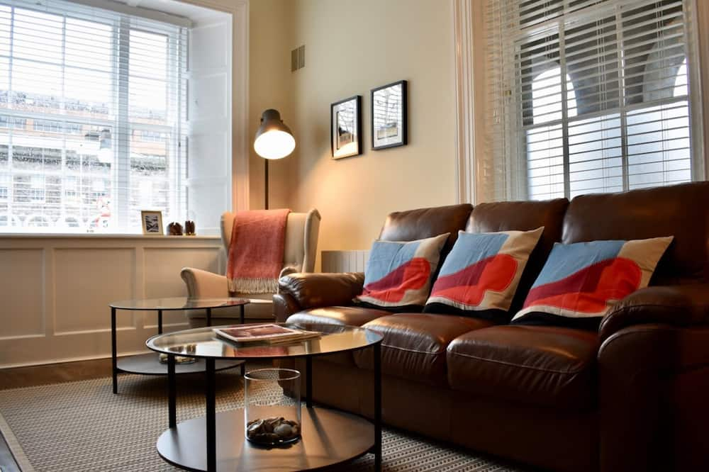 Domek (2 Bedrooms) - Obývací pokoj