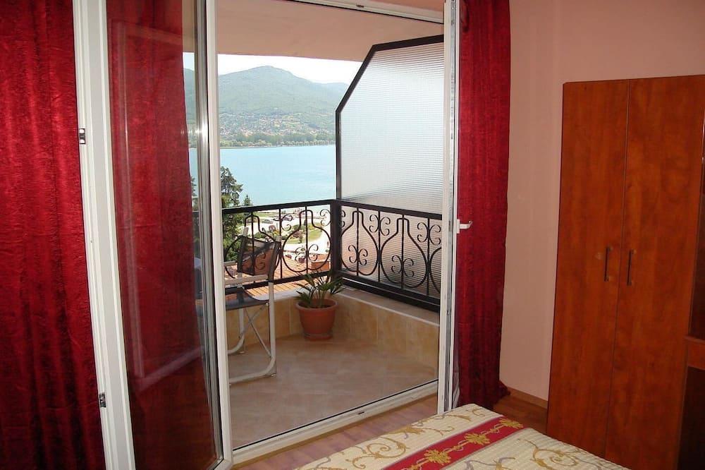 Apartment, 1 Bedroom, Balcony, Lake View - Balcony