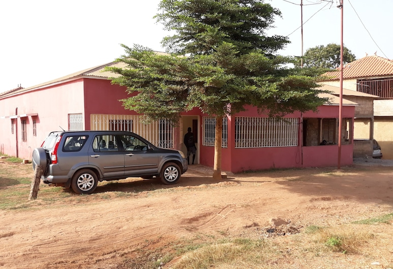 The Safety Place, Bissau, Property Grounds
